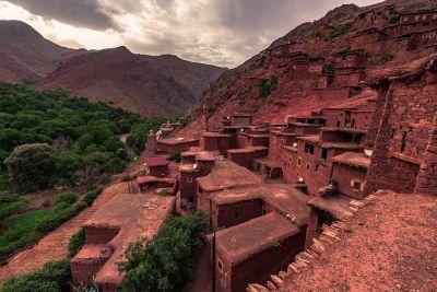 3-DAYS-TREK-IMLI-IMNAN-AZZADEN-Atlas-mountain-guide-400x267 Home