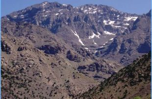 4-Valleys-Day-Trip-To-Atlas-Mountains-310x202 Home