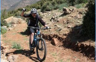 8-DAYS-ATLAS-BERBER-MOUNTAINS-CYCLING-TOUR-310x202 Biking